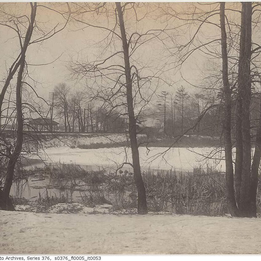 Railway crossing at the south end of the park, High Park, 1890. Photo: City of Toronto Archives, Fonds 200, Series 376, File 5, Item 15